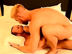 Gay fuck The Big cheese Gets Some Muscle Ass